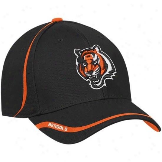 Bengals Hat : Reebok Bengals Black Coaches Flex Cardinal's office
