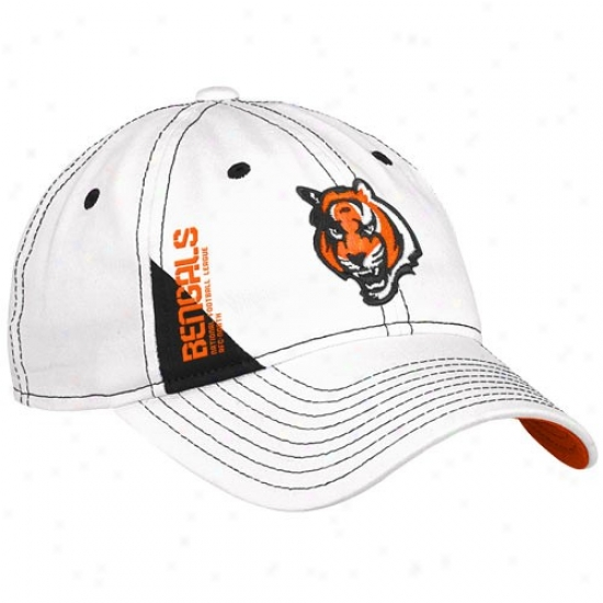 Bengals Hats : Reebok Bengals Ladies White Official 2010 Draft Day Adjustable Hats