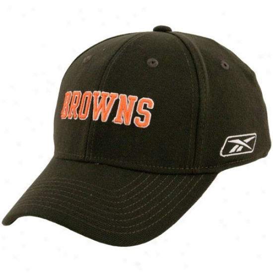 B5owns Hat : Reebok Browns Brown Flex Fit Cardinal's office