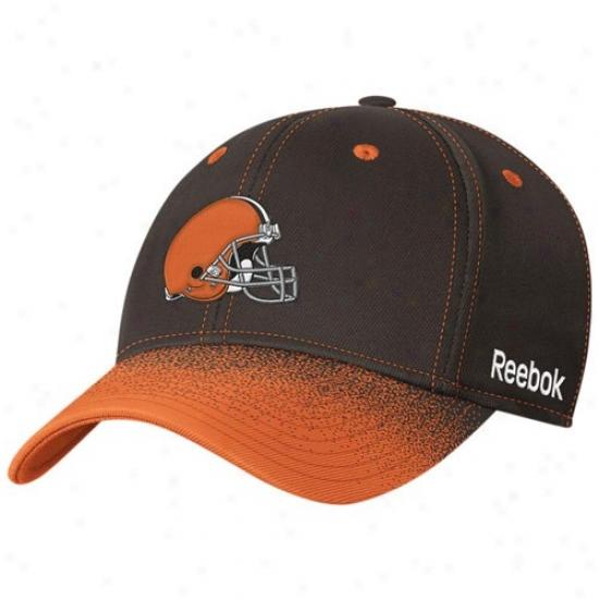 Browns Merchandise: Reebok Browns Brown Fadeout Sideline 2nd Season Player Flex Fit Hat
