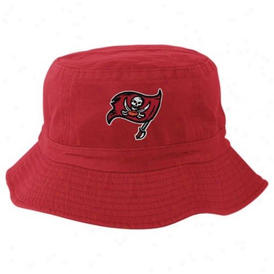 Buccaneers Caps : Reebok Buccaneers Red Team Logo Bucket Caps