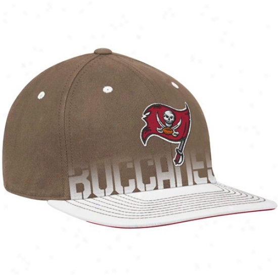 Buccaneers Hats : Reebok Buccaneers Youth Pewter Pro Shape Player Flat Edge Flex Hats