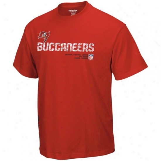 Buccaneers Tshirts : Reebok Buccaneers Young men Red Sideline Taco Tshirts