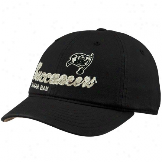 Bucs Gear: Reebok Bucs Ladies Black Charlie Slouch Adjustable Hat
