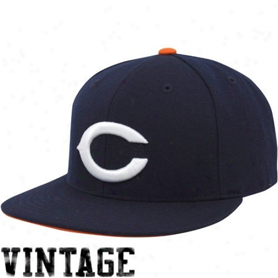 3fc0f021459bc2 ... amazon reduced chicago bears hat mitcnell ness chicago bears navy blue  throwback logo fitted hat 311c4