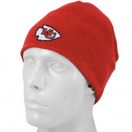 Chiefs Caps : Reebok Chiefs Red Youth Basic Logo Knit Beanie