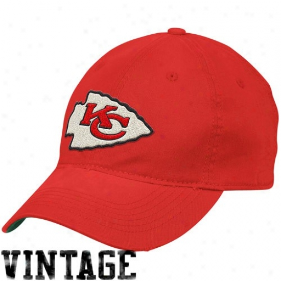 Chiefs Gear: Reebok Chiefs Red Distressed Slouch Flex Fit Hat