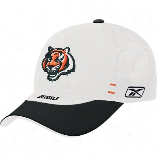 Cincinnati Bengal Caps : Reebok Cincinnati Bengal White Draft Day Alternate Flex-fit Caps