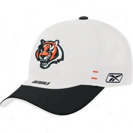 Cincinnati Bengal Caps : Reebok Cincinnati Bengal White Draft Day Alternate Flex-fit Caps