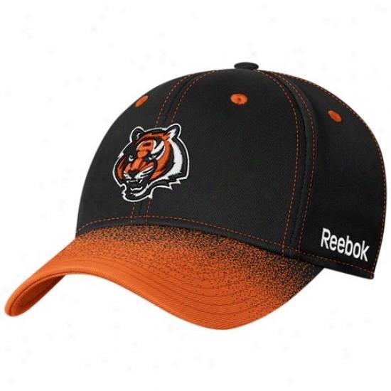 Cincinnati Bengal Hats : Reebok Cincinnati Bengal Black Fadeout Sideline 2nd Season Flex Fit Hats