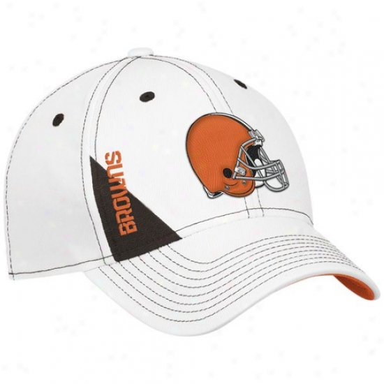 Cleveland Browns Gear: Reebok Cleveland Browns Youth White Official 2010 Draft Day Flex Fit Hat