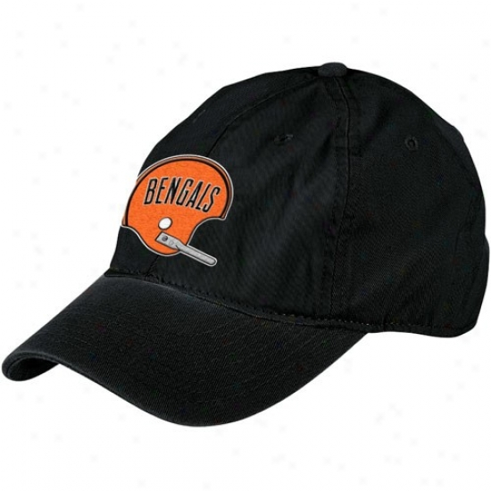 Cleveland Browns Merchandise: Reebok Cleveland Browns Black Vestment Washed Throwback Helmet Relaxed Adjustable Hat