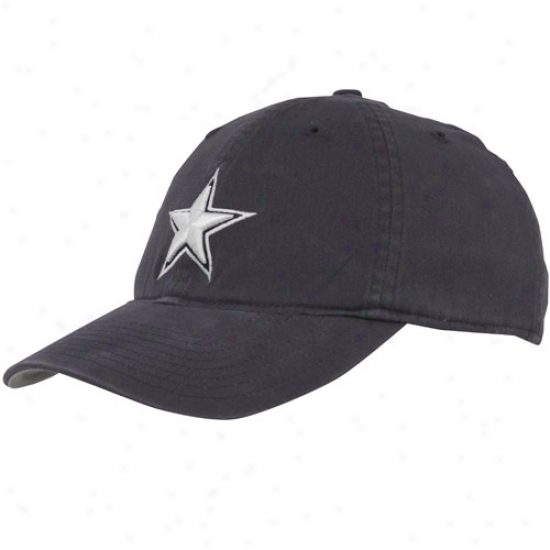 Cowboys Merchandise: Mitchell & Ness Cowboys Navy Blue Throwback Logo Flex Slouch Hat