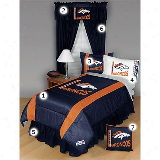 Denver Broncls Queen Size Sideline Bedroom Set