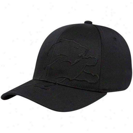 Detroit Lions Merchandise: Reebok Detroit Lions Black Tonal Structured Flex Fit Hat