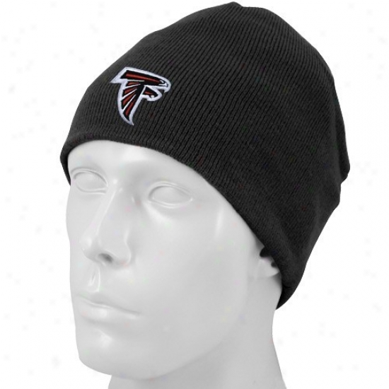 Falcons Hat : Reebok Falcons Black Youth Basic Logo Knit Beanie