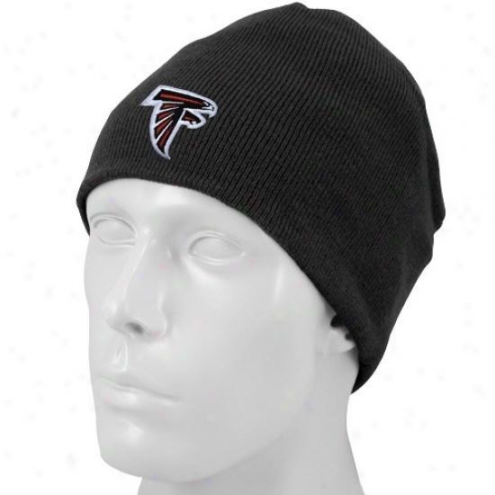 Falcons Hat : Reebok Falcons Black Youth Basic Logo Knit Beanie