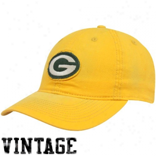 Green Bay Cap : Reebok Green Bay Gold Distressed Logo Slouch Flex Fit Cap