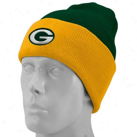 Green Bay Packers Merchandise: Reebok Inexperienced Bay Packers Green Basic Logo Cuffed Knit Beanie