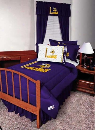 Minnesota Vikings 82x63 Short Drapes