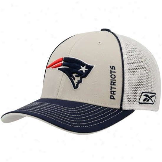 New England Patriot Cap : Reebok New England Patriot White 2008 Draft Flex Cap