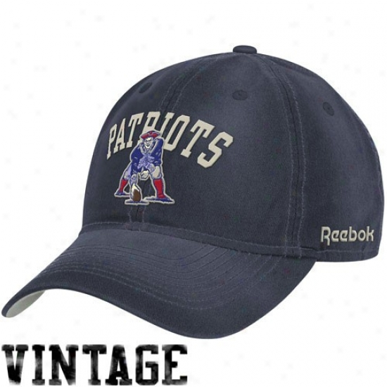 New England Patriot Caps : Reebok New England Patriot Navy Blue Classic Slouch Adjustable Caps