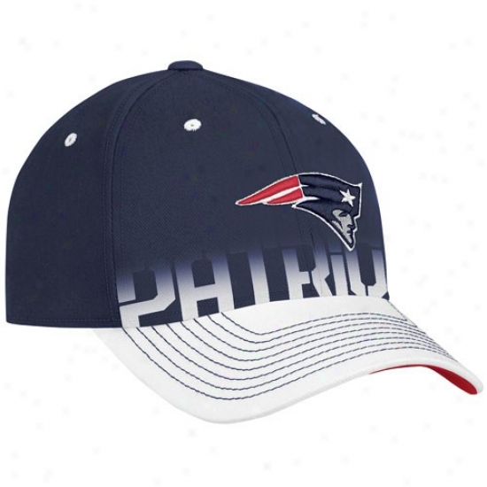 d8e3d3933 New England Patriot Hats   Reebok New England Patriot Navy Blue Pro Shape  Player Sideline Flex