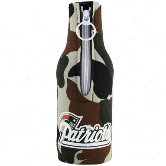 New England Patriots Camoflage Neoprene Bottle Coozie
