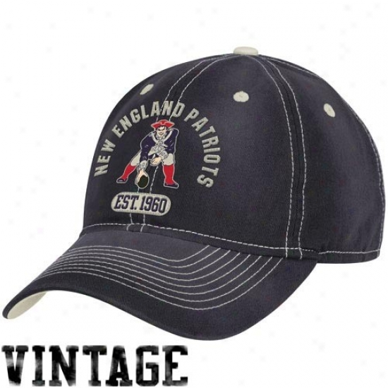 New England Patriots Hat : Reebok New England Patriots Navy Blue Retro Slouch Adjjustable Hat