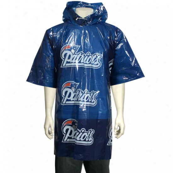 New England Patriots Short Sleeve Poncho
