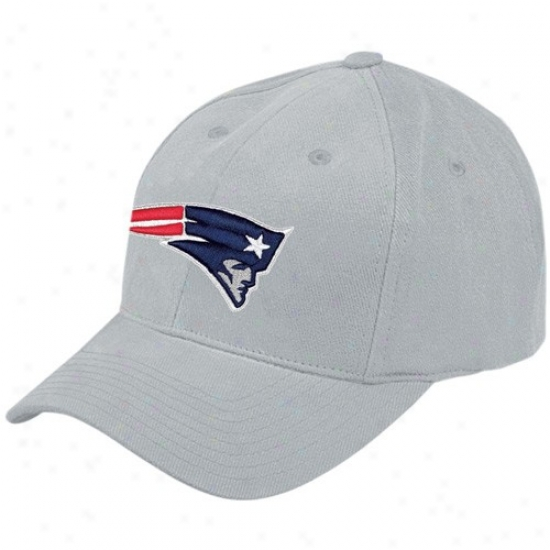 New England Pats Gear: Reebok New England Pats Gray Brushed Basic Logo Adjustable Hat