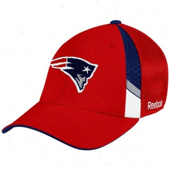New England Pats Hats : Reebok New England Pats Youth Red  Draft Day Flex Fit Hats