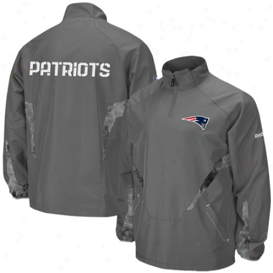 New England Pats Jacket : Reebok New England Pats Gray Hot Sideline 1/4 Zip Pullover Wind Jacket