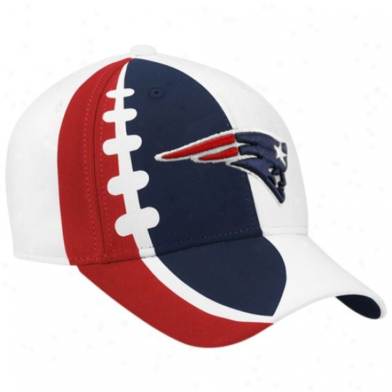 New England Pats Merchandise: Reebok New England Pats Youth White Waterjet Adjustable Hat
