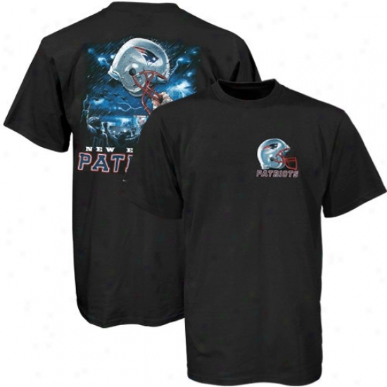 New England Pats Tees : New England Pats Black Helmet To Sky Graphic Tees