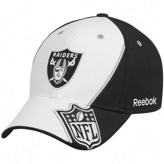 Oakland Raider Gear: Reebok Oakland Raider White-black Escutcheon Structured Flex Fit Hat
