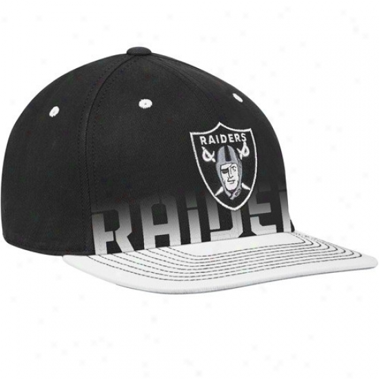Oakland Raider Hat : Reebok Oakland Raider Black Pro Shape Player Sideline Flex Hat