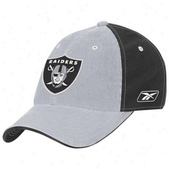Oakland Raiders Cap : Reebok Oakland Raiders Black/silver Team Colorq Slouch Cap