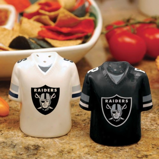 Oakland Raiders Gameday Ceramic Salt & Pepper Shakers