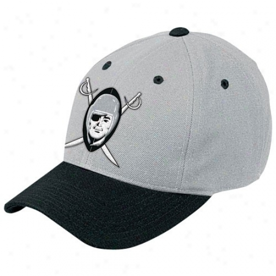 Oakland Raiders Gear: Reebok Oakland Raiders Gray Retro Logo Wool Blend Adjustable Cardinal's office