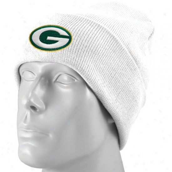 Packers Merchandise: Reebok Packera White Basic Log Cuffed Beanie