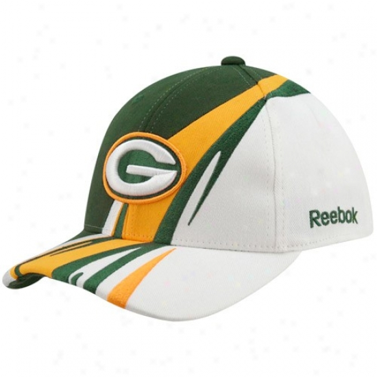Packers Merchandise: Reebok Packers Youth Green-white Cut & Sew Adjustable Hat