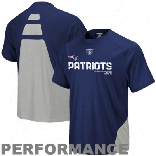 Patriots Apparel: Reebok Patriots Navy Blue Conflict Sideline Performance T-shirt