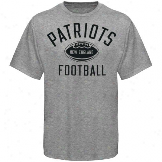 Patriits Shirt : Reebok Patriots Youth Ash Workout Shirt