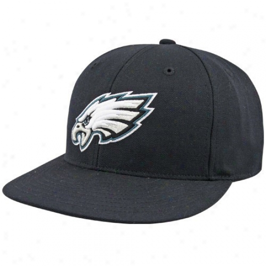 Philly Eagles Hats : Reebok Philly Eagles Black Embroidered Fitted Hats