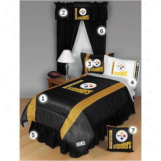 Pittsburgh Steelers Black Queen Size Sideline Bedroom Set