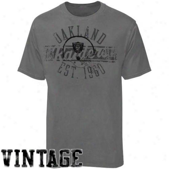 Raiders Clothes: Reebok Raiders Charcoal Flank Formation Vintage T-shirt