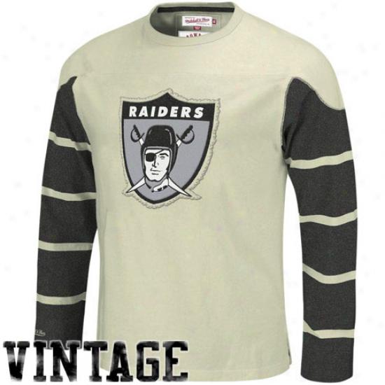 Raiders T-shirt : Mitchell & Ness Raiders Cream Gridiron Vintage Long Sleeve T-shirt
