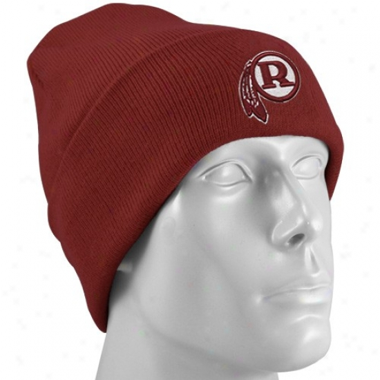 Redskin Merchandise: Reebok Redskin Burgundy Retro Logo Cuffed Knit Beanie