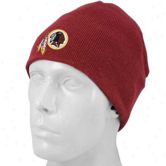 Redskin Merchandise: Reebok Redskin Burgundy Youth Basic Logo Knit Beanie